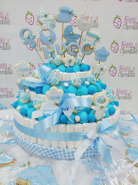 Tarta de chuches bautizo azul chuches fresa y chocolate - Mesa de chuches para bautizo ...