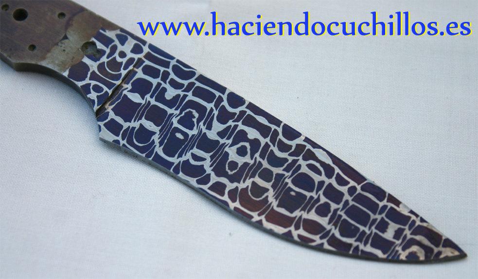 Hoja de acero de damasco a c metsala haciendo cuchillos - Cuchillo de cocina acero damasco ...