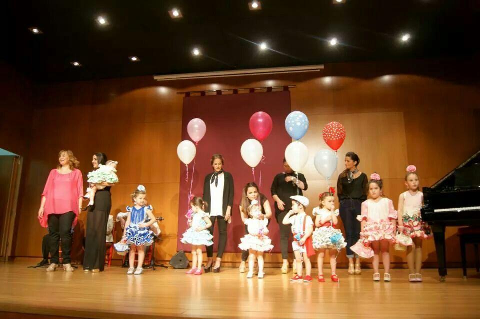 desfile de moda flamenca infantil
