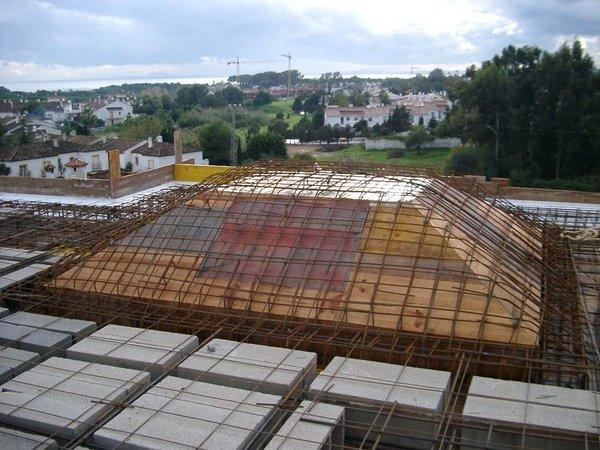Hormig n in situ ingenieros y arquitectos de for Casas con techo a un agua