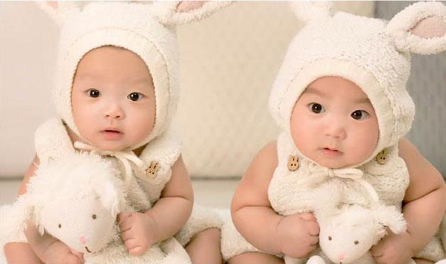 Gama de productos especiales para mellizos y gemelos