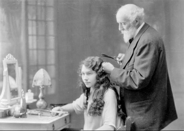 la historia de las planchas de pelo