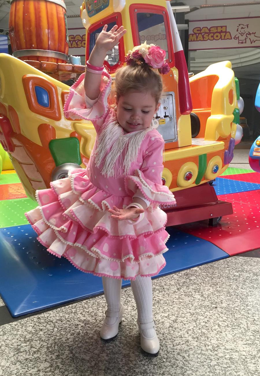 Traje de gitana flamenca para niña experiencia Maricella