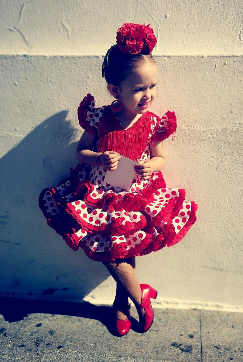 Traje de gitana flamenca para niña blanco lunar rojo MiBebesito