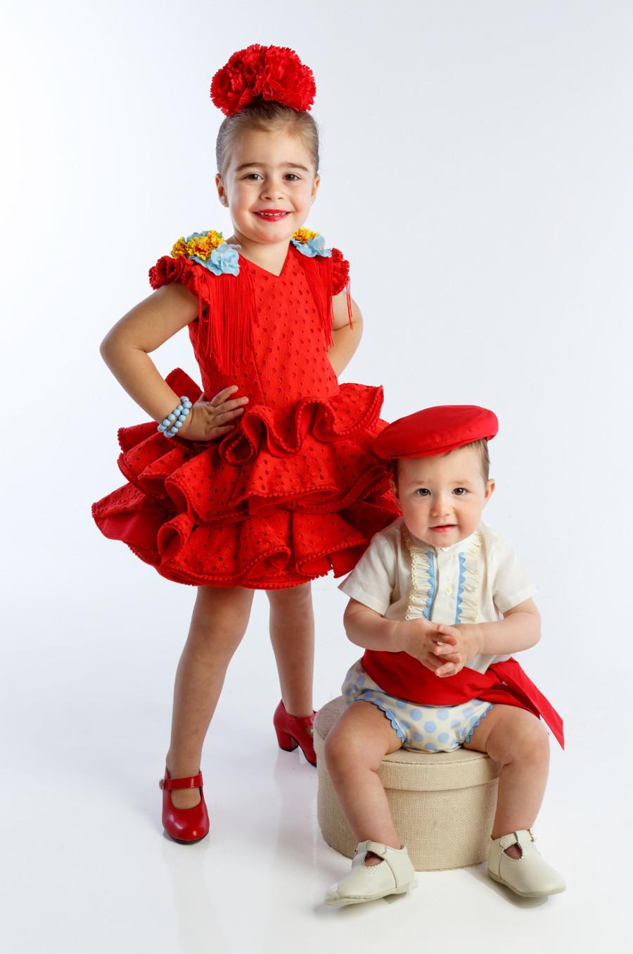 Traje de gitana a juego niño y niña perforado rojo colección 2019 mibebesito