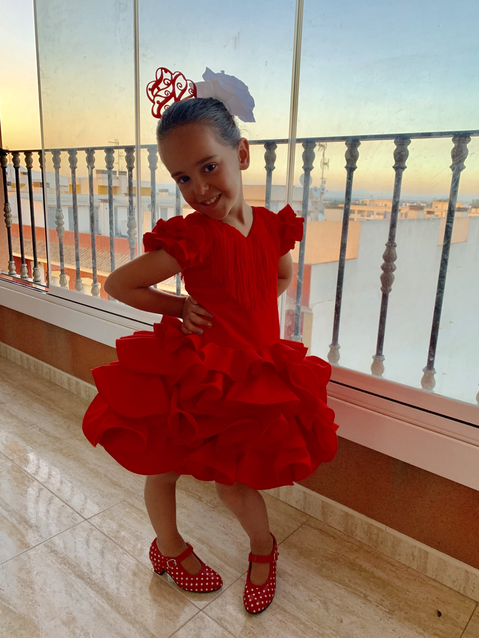 Traje de gitana flamenca para niña barato rojo MiBebesito
