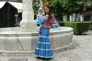 Trajd de gitana flamenca para bebe popelin azul lunar blanco con diadema MiBebesito