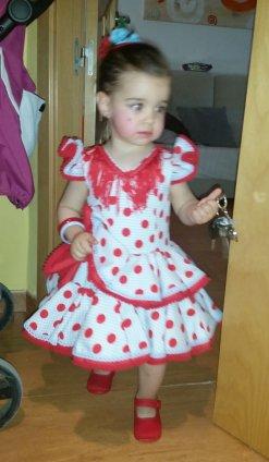 traje de gitana flamenca para niña lunar rojo