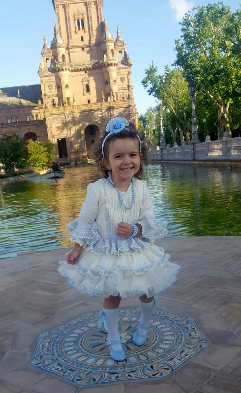 Traje de gitana flamenca para niña plumeti Mibebesito