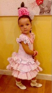 Traje de gitana flamenca para niña corto rosa MiBebesito